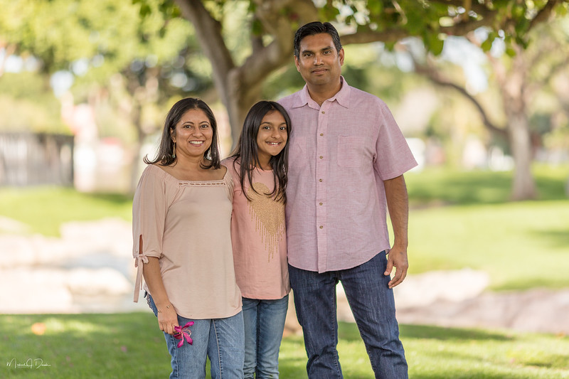 Urvi Family-134.jpg