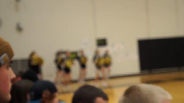 Cheerleading at Kennett High School
