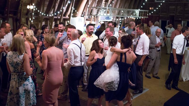 Garrett & Lisa Wedding (879).jpg