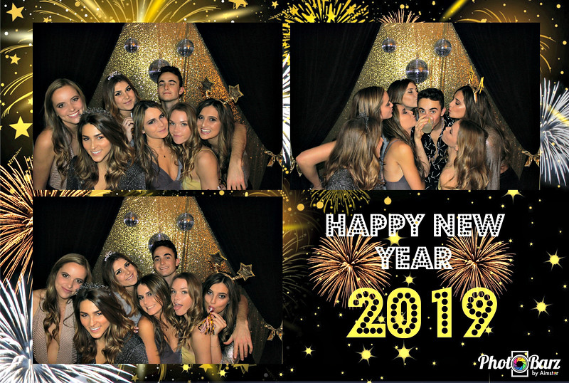 New Years 2019 Photobooth Pics (3).jpg