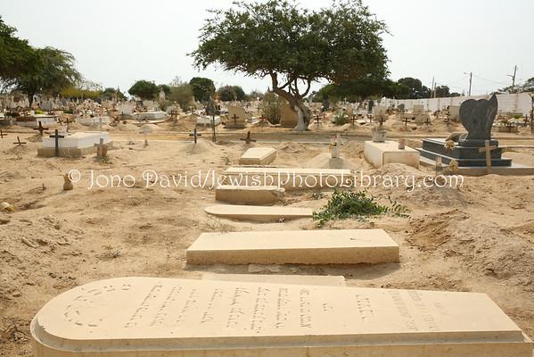 ANGOLA, Benguela. Jewish sector, Campo da Igualdade (Old Benguela Cemetery) (8.2014)