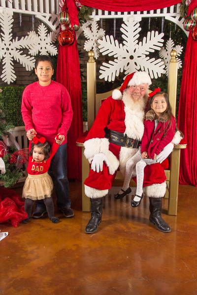 Santa 12-16-17-325.jpg