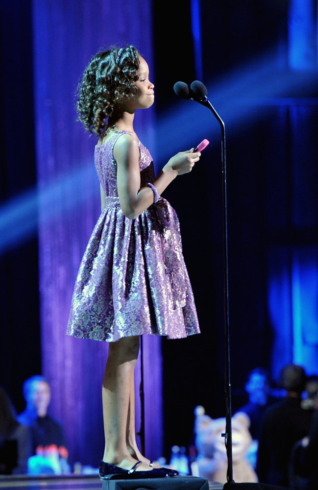 . Actress Quvenzhane Wallis accepts the Best Young Actor award for \'Beasts of the Southern Wild\'  onstage at the 18th Annual Critics\' Choice Movie Awards held at Barker Hangar on January 10, 2013 in Santa Monica, California.  (Photo by Larry Busacca/Getty Images for BFCA)