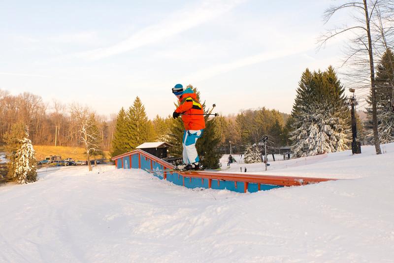 Kick-Off-2014_Snow-Trails-29.jpg