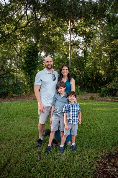 Gennaro shoot extended family III.jpg