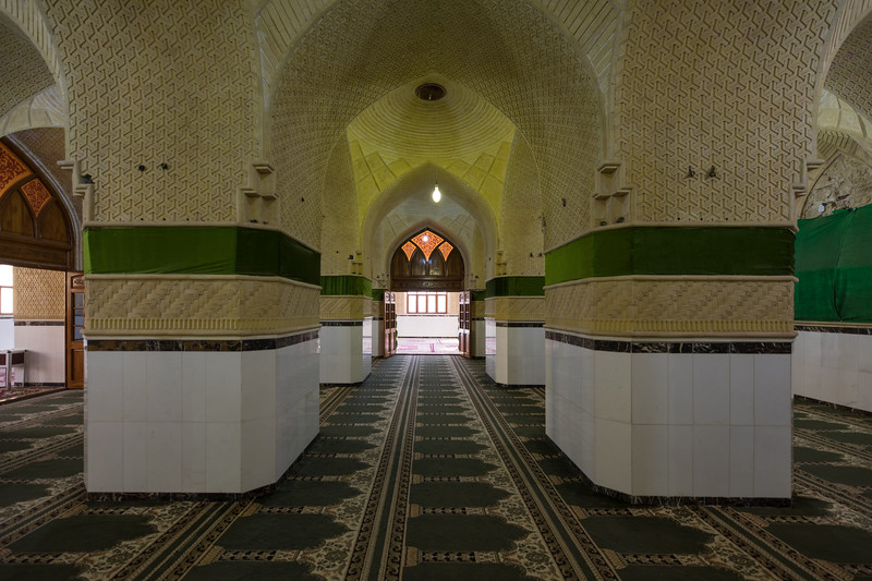 Inside Al-Nukhailah Mosque in Al Kifl. It is also the site of tomb of the Islamic Prophet Dhul-Kifl, mentioned twice in the Koran and who is often identified as Ezekiel, a Hebrew prophet who preached to the Jews in captivity under Nebuchadnezzar in the sixth century BC.