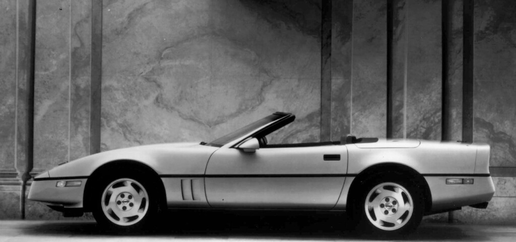 . Chevrolet\'s 1988 Corvette Roadster is shown in this handout photo. Chevrolet introduced the latest generation of an American automotive icon, the Corvette, at the North American International Auto Show Monday Jan. 6, 1997 in Detroit. (AP Photo/Chevrolet, ho)