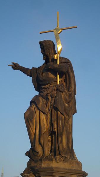 Charles Bridge statue.JPG