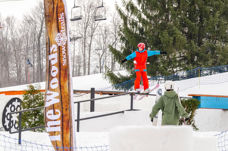 Snow-Trails_Mid-Season-2015-SpFeat-11.jpg