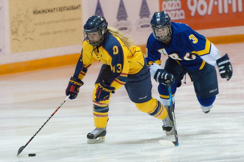 20130310 QWHockeyvsUBC 346.jpg