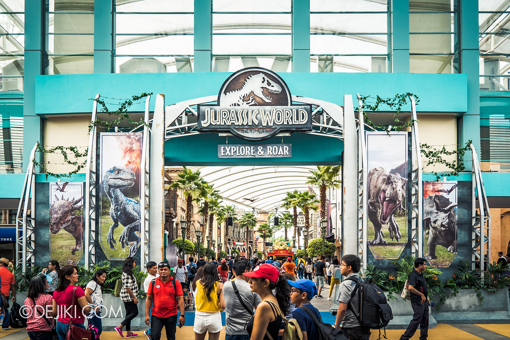 Universal Studios Singapore Park Update - Jurassic World Explore and Roar Hollywood Arch
