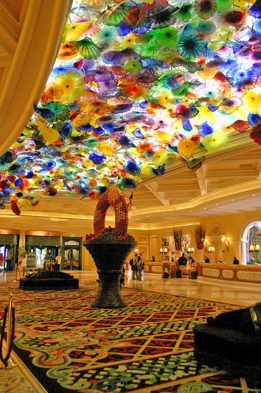 Dale Chihuly designed this glass ceiling which lets natural light through to the Bellagio reception area.