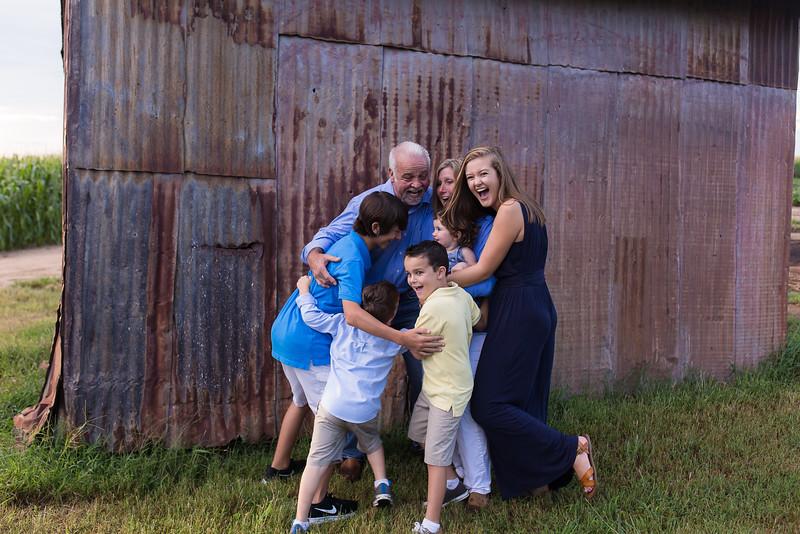 family-daniel-aug2016-0101.jpg