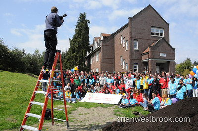 Comcast Cares Day: Seattle (25 Apr 2009)