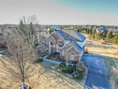 3373 Country Creek