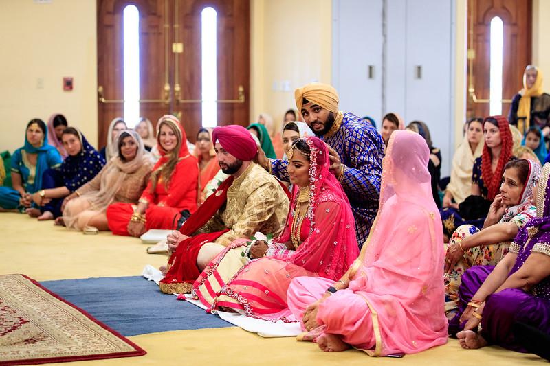 Neelam_and_Matt_Gurdwara_Wedding-1381.jpg