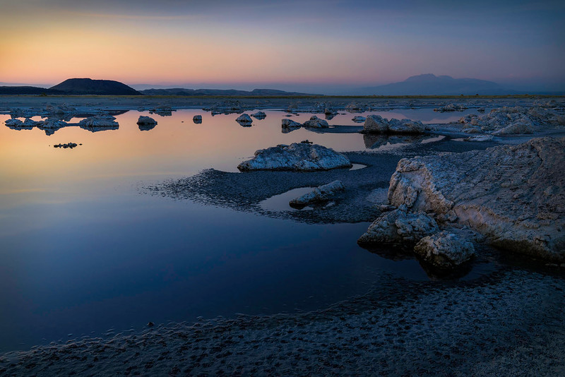 Mono_Lake_Eastern_Sierra_low_water_level_DSC2719.jpg