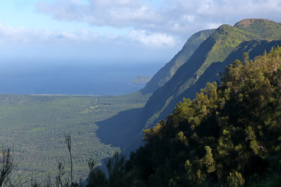 Kalaupapa Lookout - View of Sea Cliffs