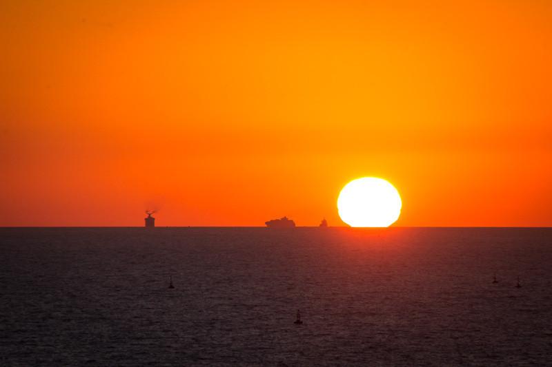 jan 30 - Sunrise over Rio de la Plata.jpg