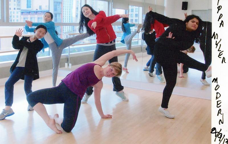Dance_1589_a.jpg
