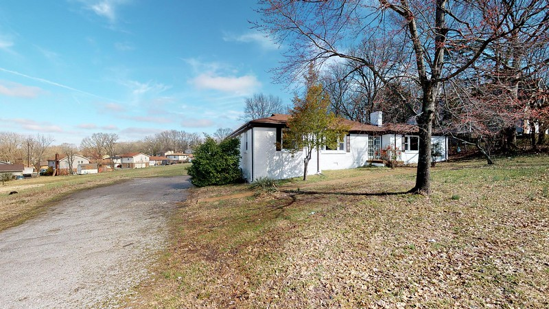 3064-Anderson-Rd-Nashville-TN-37217-02222019_133827.jpg