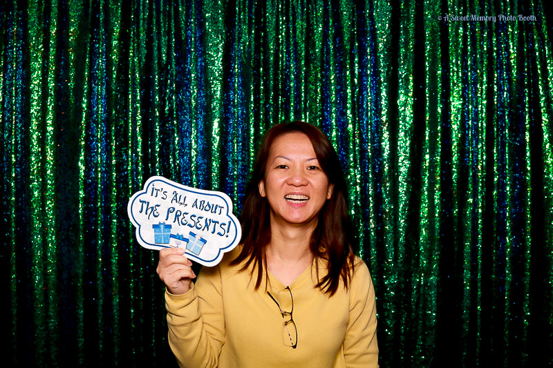 Medtronic Holiday Party -405.jpg