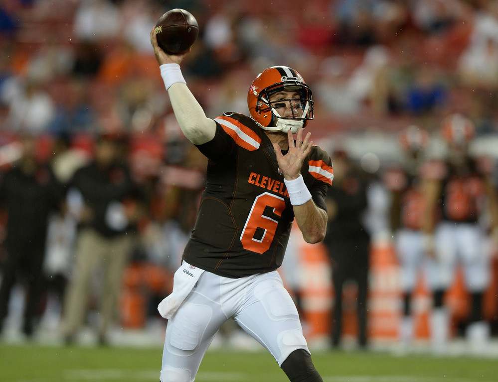 . Cleveland Browns quarterback Cody Kessler (6) throws a pass against the Tampa Bay Buccaneers during the third quarter of an NFL preseason football game Saturday, Aug. 26, 2017, in Tampa, Fla. (AP Photo/Jason Behnken)