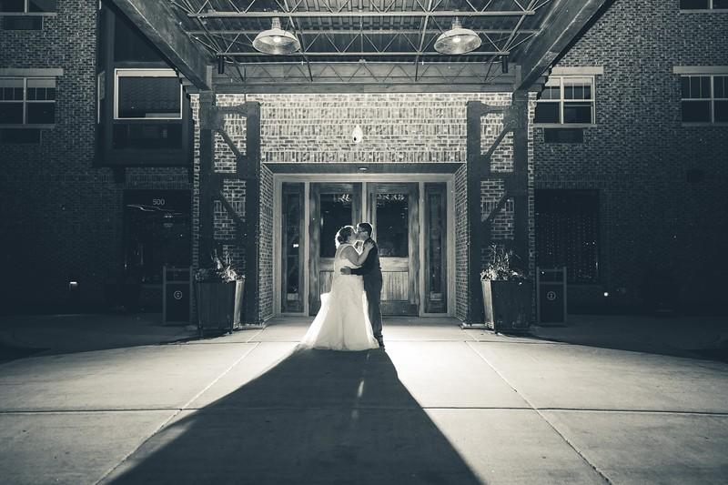 Beloit-WI-Ironworks-hotel-Wedding-Photographere_m_96.jpg