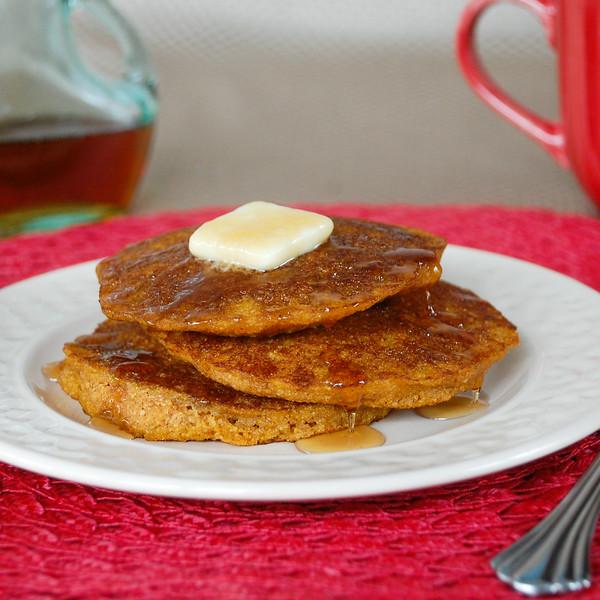 pumpkin pancakes f cropped (1 of 1).jpg