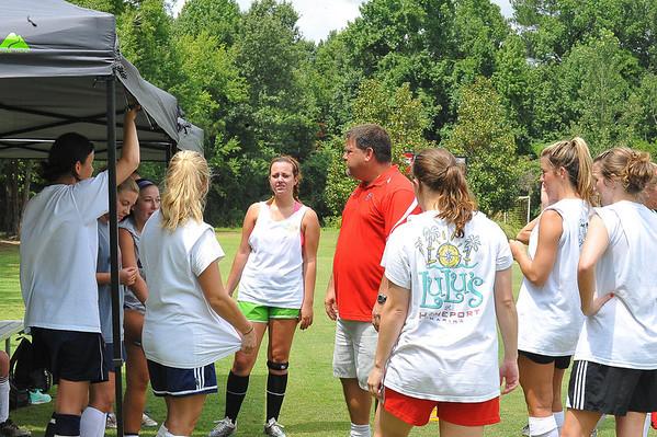 2013 Soccer Alumni Game - Womens