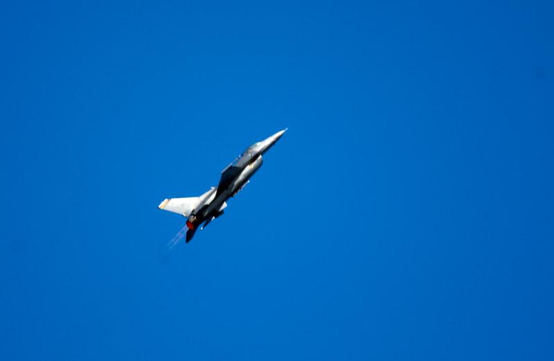 Jet fighter.jpg