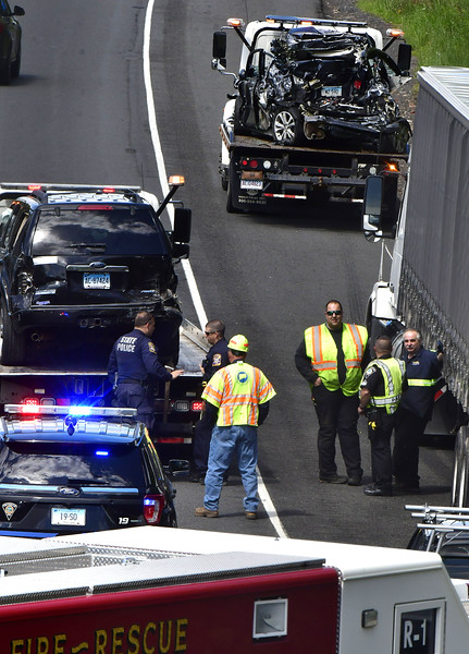 5/15/2019 Mike Orazzi | Staff The scene of a multi-vehicle crash on I84 Eastbound in Southington on Wednesday afternoon.