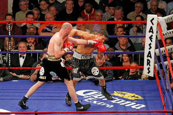 DBKphoto / Pavlick vs Martinez World Middleweight Championship 04/17/2010