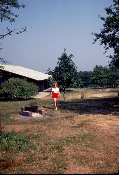 mommy in picnic park.jpg