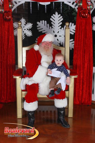 Santa 12-17-16-132.jpg