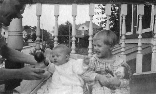 1920 Virgina Velma dolls edit.jpg