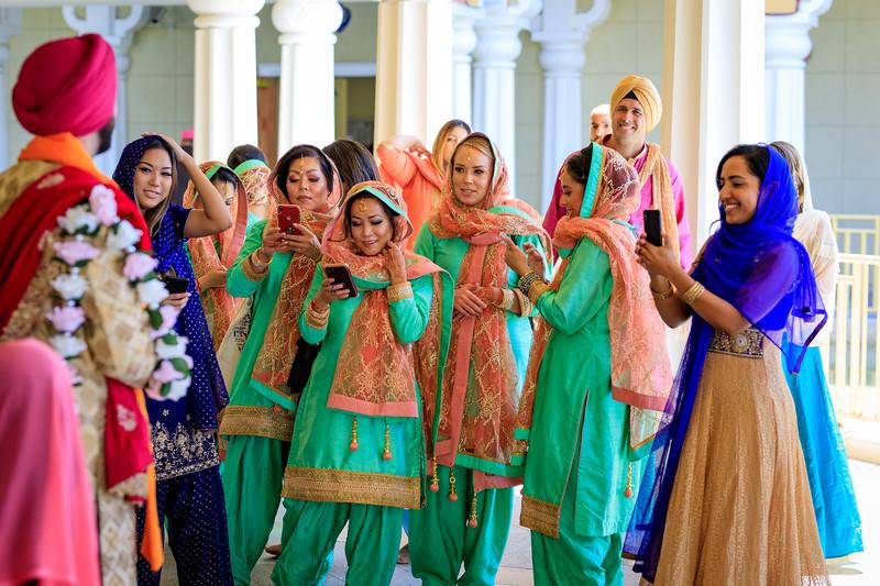 Neelam_and_Matt_Gurdwara_Wedding-1539.jpg