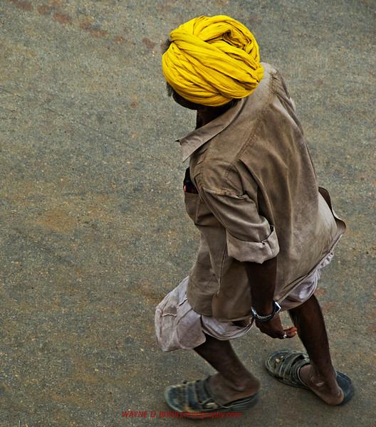 INDIA2010-0208A-56A.jpg