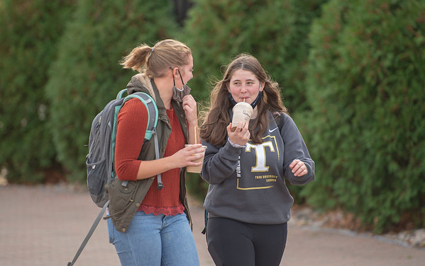 PHOTO GALLERY - SEE YOURSELF OR FRIENDS ON CAMPUS !