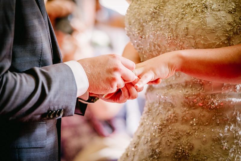 Cross Wedding-203.jpg