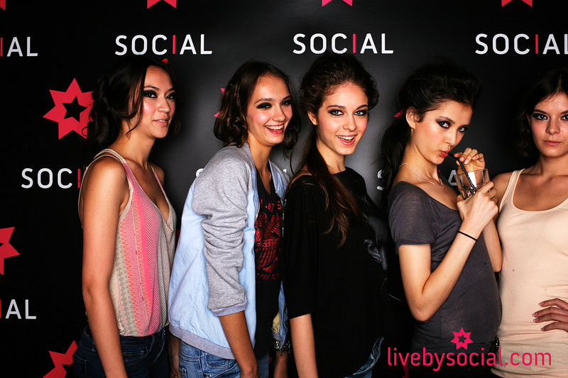 Social 013.jpg