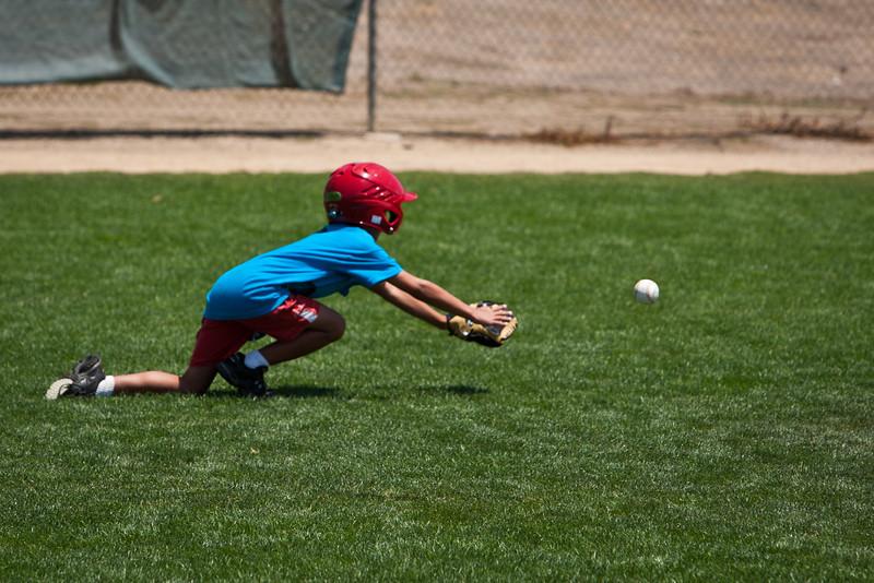 110628_CBC_BaseballCamp_4287.jpg