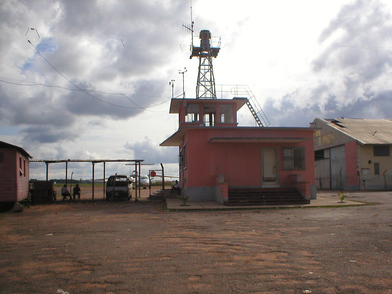 Aeroporto do Kamaquenzo