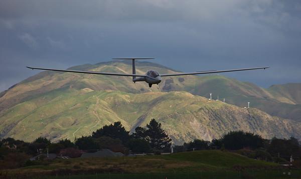 20110612 1351 Paraparaumu glider _MG_8690.jpg