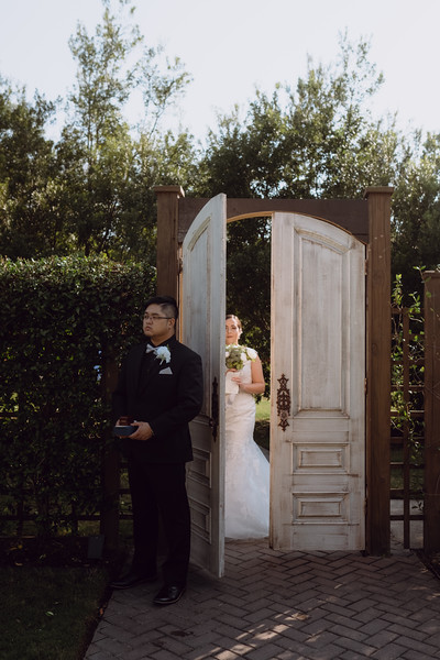 Kaitlin_and_Linden_Wedding_Pre_Ceremony-37.jpg