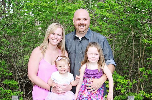 Josslyn// 11 months + Carey Family