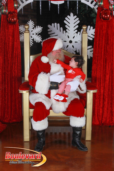 Santa 12-17-16-197.jpg