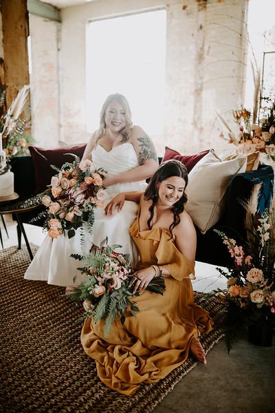 Real Wedding Cover Shoot 01-1044.jpg