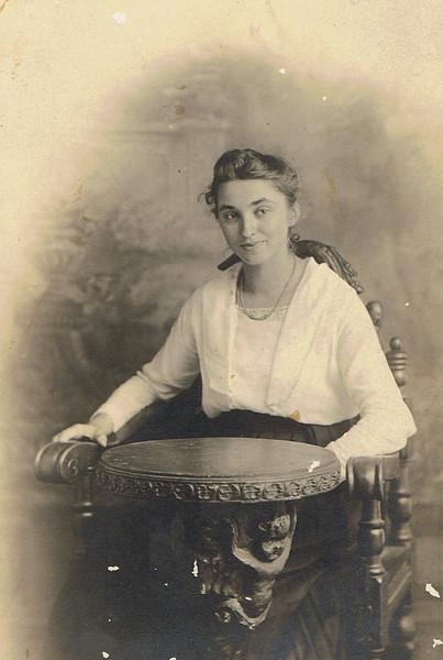 Mary Rutter Cusick, Age16.jpg