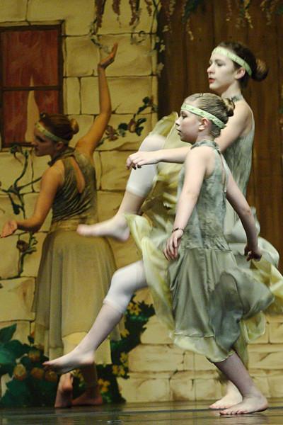dance_050209_356.jpg